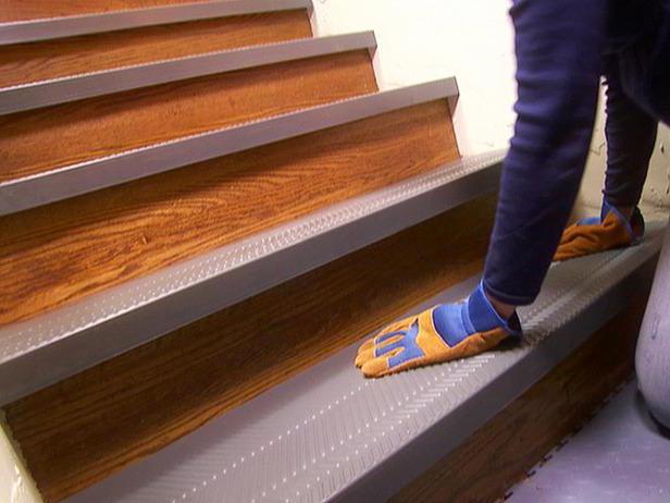 отделка ступеней бетонной лестницы на улице резиновым покрытием