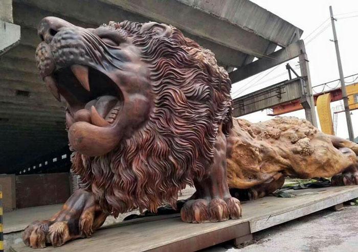 Wooden sculpture of a lion