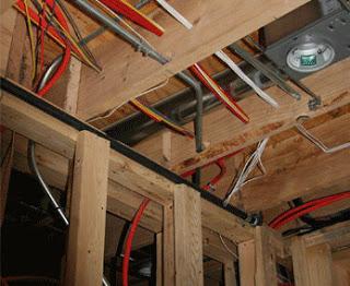 Электропроводки в деревянном доме