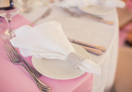 Розовая свадьба сколько