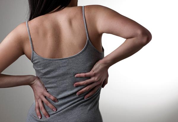 Боль под ребром правым со стороны спины