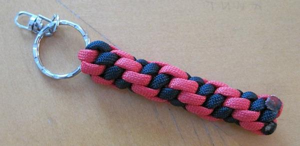 Плетение змейка темляк