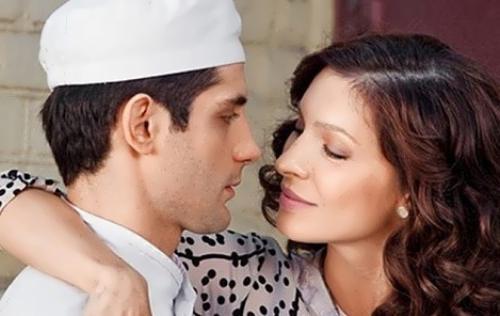 Звезда «Кухни» Марк Богатырев женится на сотруднице - СтарХит 60