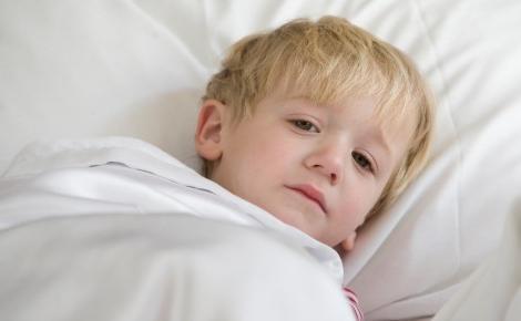 Какие признаки обезвоживания у ребенка нужно знать