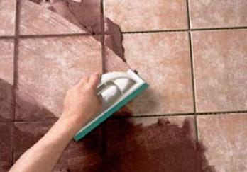 Как убрать плесень в комнате в углу