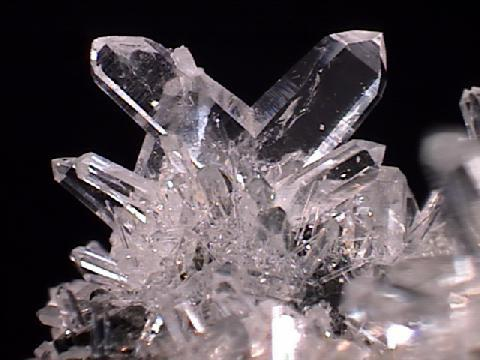 Драгоценные и поделочные камни  116028
