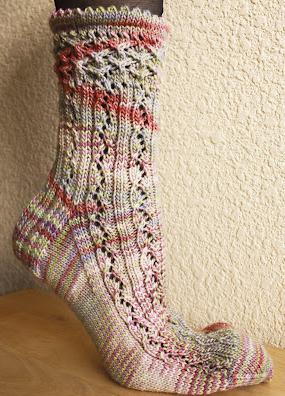 схема вязания пятки носков спицами