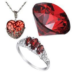 Александрит, гранат, топаз и гематит - удивительные камни для Скорпионов-женщин!