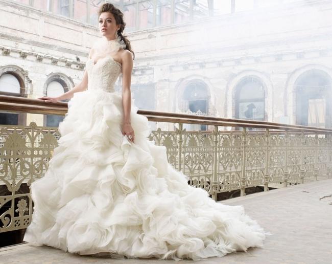 снится знакомая девушка в свадебном платье