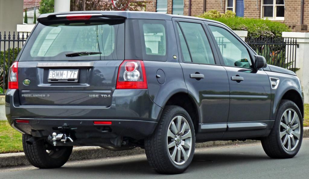 Range Rover темный