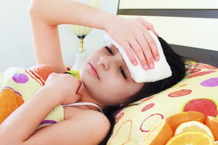 как обтирать ребенка уксусом при высокой температуре