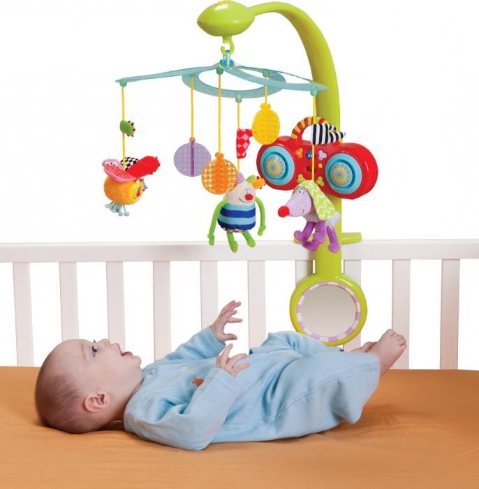 Игрушки на детскую кровать