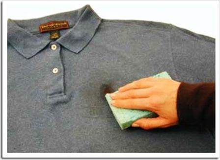 Как удалить пятно из мазута с одежды