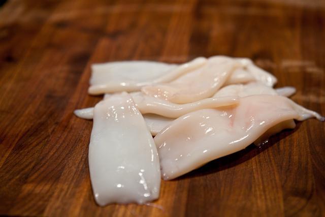 Как готовить суп солянка с сосиской