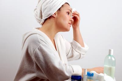Как почистить лицо в домашних условиях, получив максимальный результат