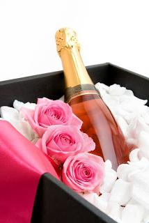 оформление свадебного шампанского своими руками