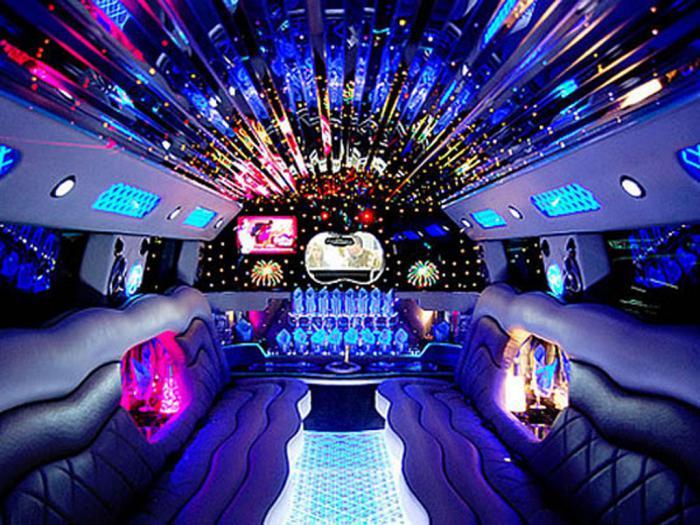 Реальная роскошь: лимузин «Хаммер»