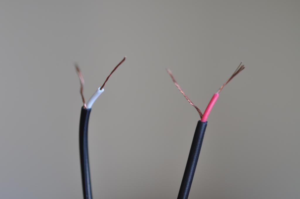headphone wires