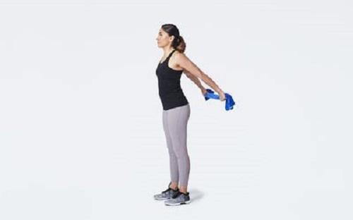 Как делать растяжку грудных мышц? Упражнения и советы