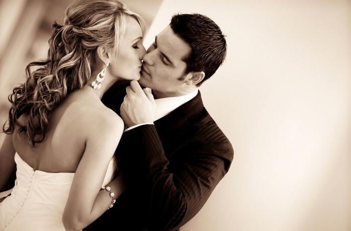 Что такое французские поцелуи? Как правильно целоваться?