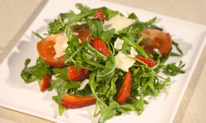 салат из крапивы рецепт польза