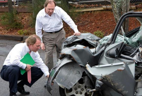Если приедет на дтп аварийный комиссар и гаи вызвали отменять
