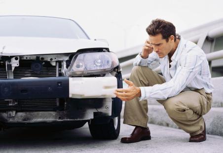 Аварийный комиссар - в каком случае вызывать и по какому телефону?