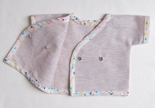 Распашонки для новорожденных: выкройка, обработка и моделиррование