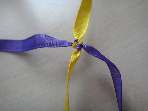 браслеты из ленточек схемы