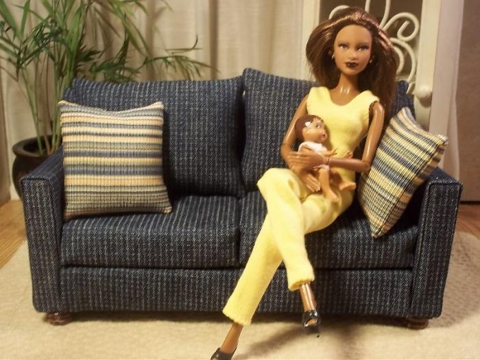 Как сделать диван кукле