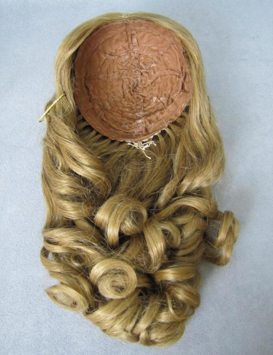 как завить кукле волосы