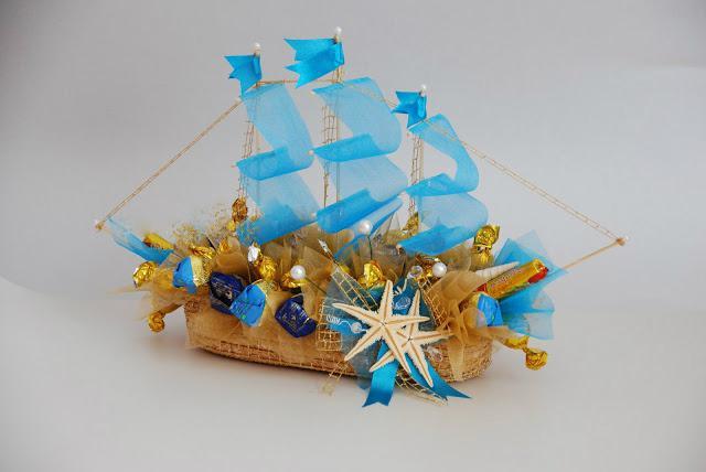корабль из конфет мастер класс