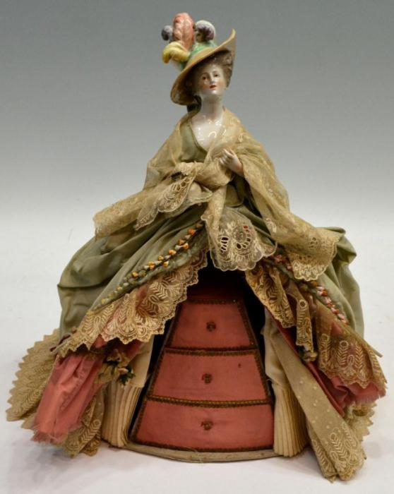 кукла шкатулка барышня в капоре