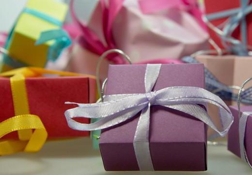 подарок на новый год мальчику 13 лет