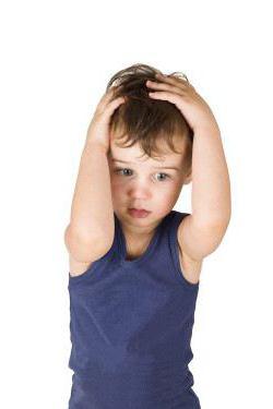 у ребенка выпадают волосы