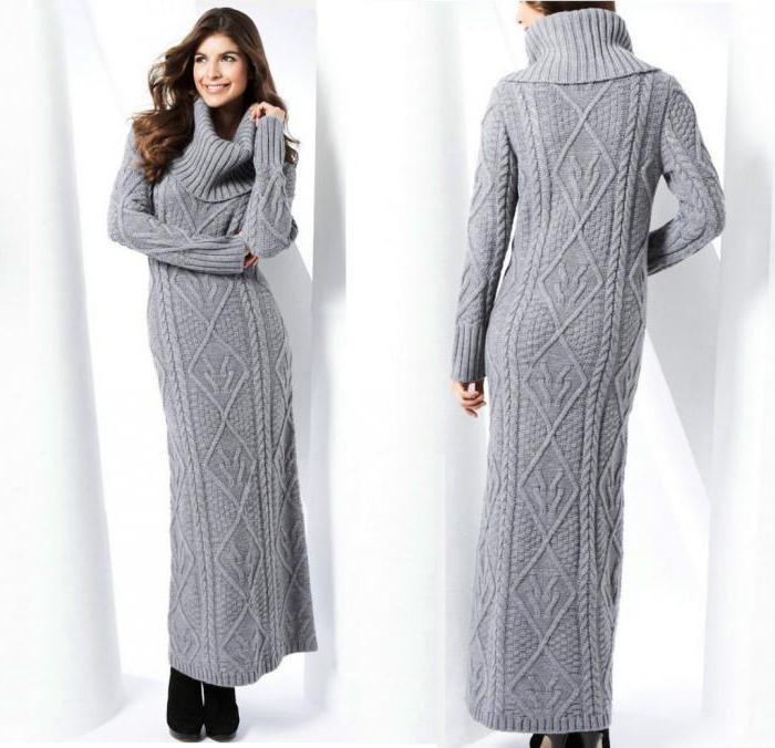 Вязаное серое платье цветами