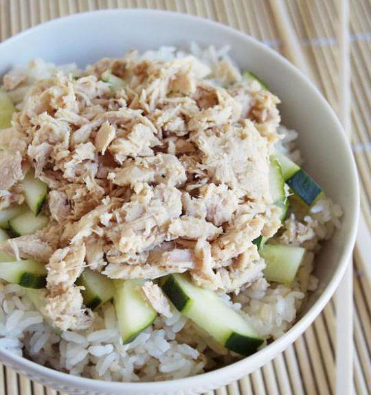 рецепт салата из риса яиц консервы