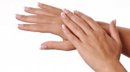Что делать сушит руки