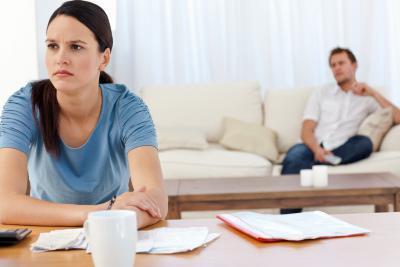 Как мужчина провоцирует женщину на развод