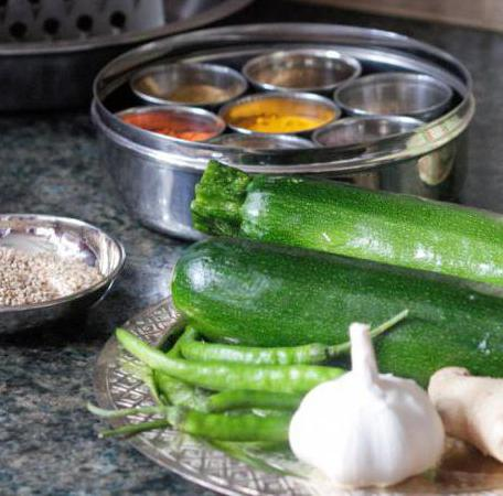 Как сделать из кабачков оладьи с чесноком рецепт