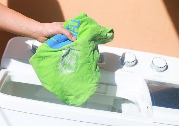 Чем вывести пятно подсолнечного масла с одежды фото