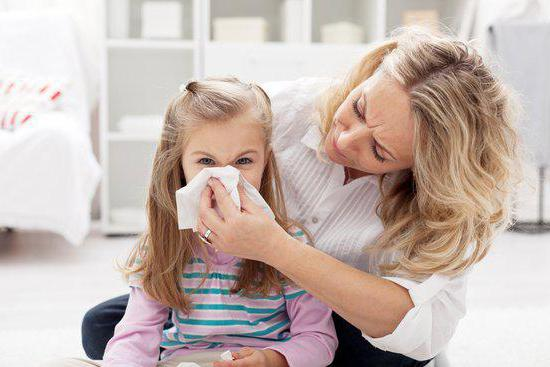 заложен нос у ребенка комаровский без соплей