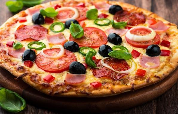 пицца с колбасой сыром и помидорами рецепт с фото