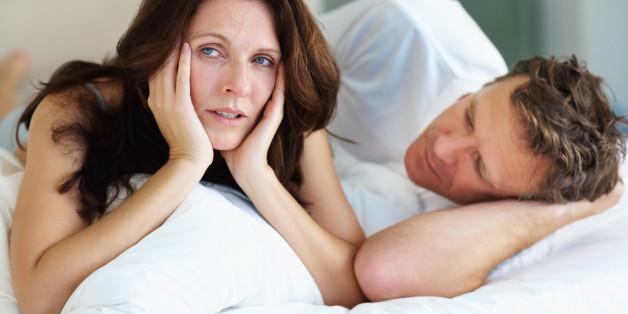 Почему жена отказывает в близости мужу? Причины, что делать?