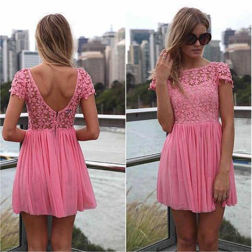 платье розового цвета с чем носить