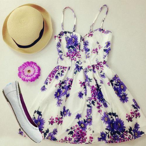 с чем носить цветастое платье