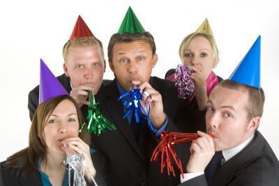 как отметить день рождения с коллегами по работе