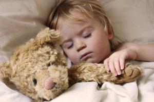как отучить ребенка писать ночью в кровать в 2 года