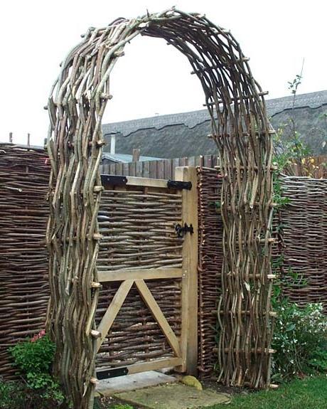Плетеные идеи для сада и огорода