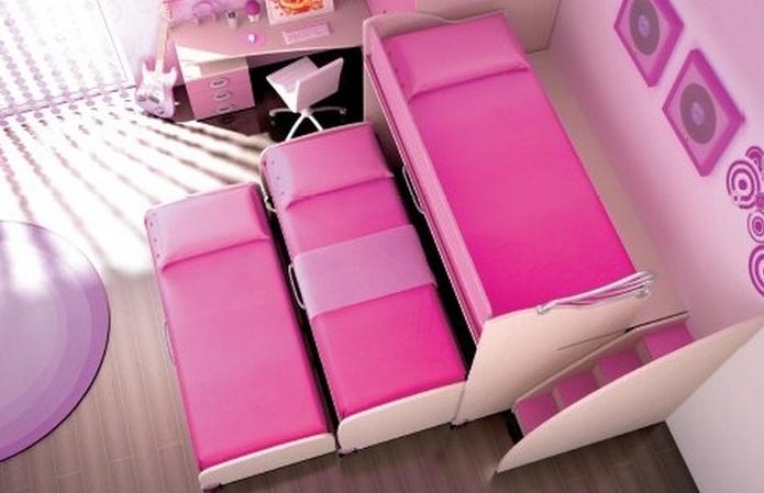 трехъярусные детские кровати